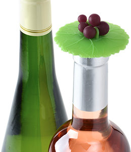 charles-viancin-grape-bottle-stopper-7