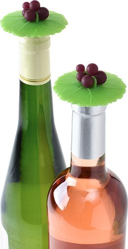 charles-viancin-grape-bottle-stopper-7