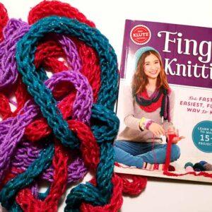 klutz_fingerknitting